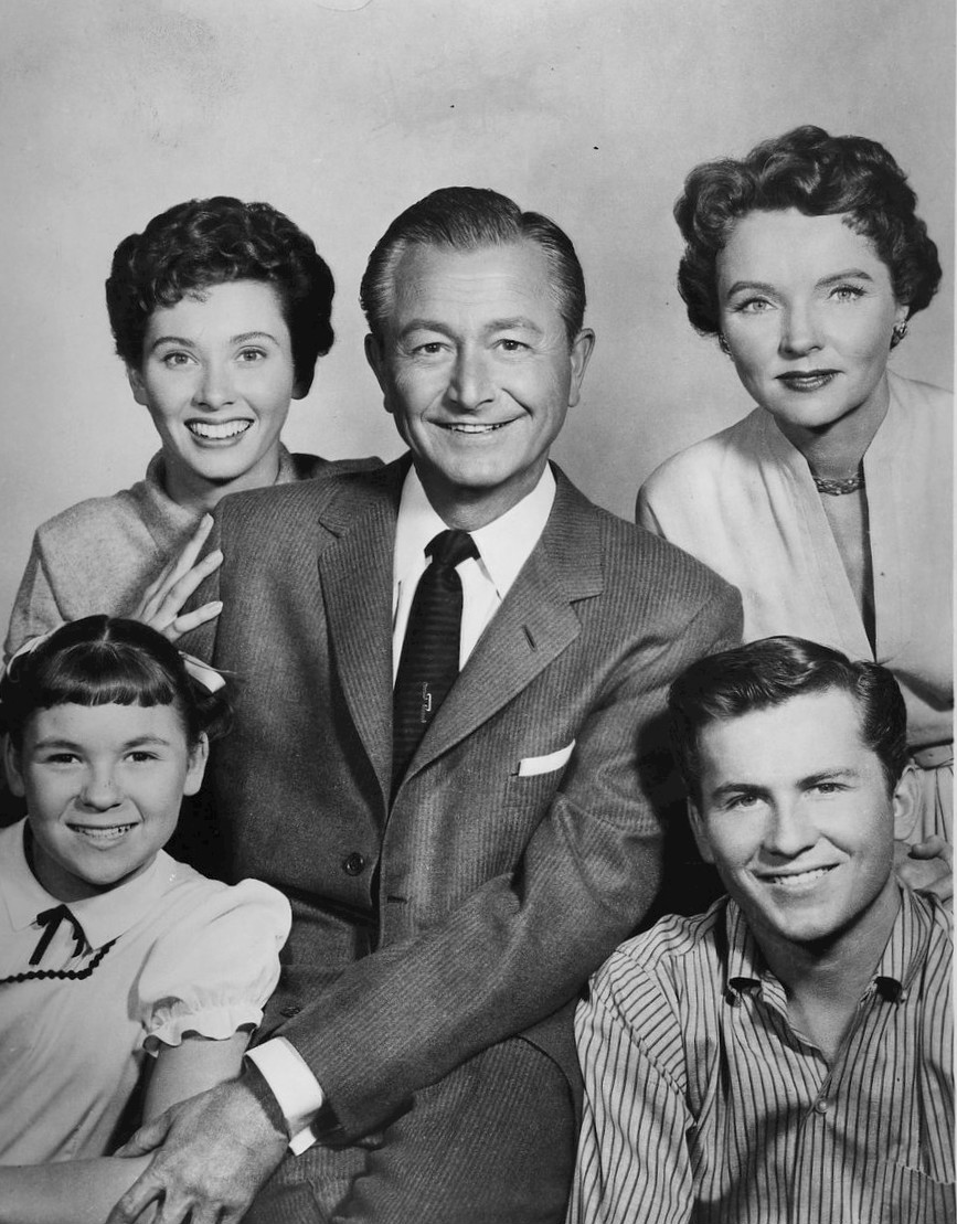 Father Knows Best cast photo 1962 The Five Best TV Dads